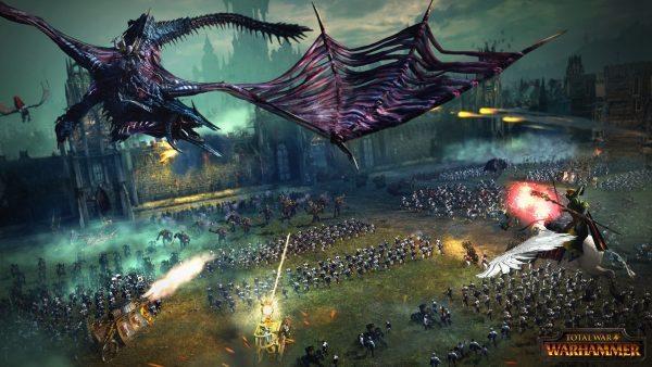 Vampire greifen eine Festung an. Solange die Mauer hält sind Flugeinheiten eine große Gefahr. Sie wollen den Eroberungspunkt erreichen.