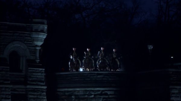 Die apokalyptischen Reiter? Nein: nur eine Polizei-Truppe Quelle: Blu-ray
