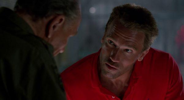 Mayor Dutch Schaefer (Arnold Schwarzenegger) Quelle: Blu-ray